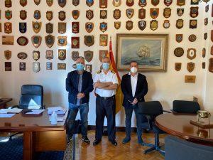 Politiea visita la Comandancia Naval de Barcelona.