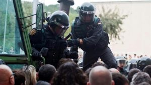 Nuestro apoyo a los Policías Nacionales, Guardias Civiles y sus familias que se encuentran en Cataluña